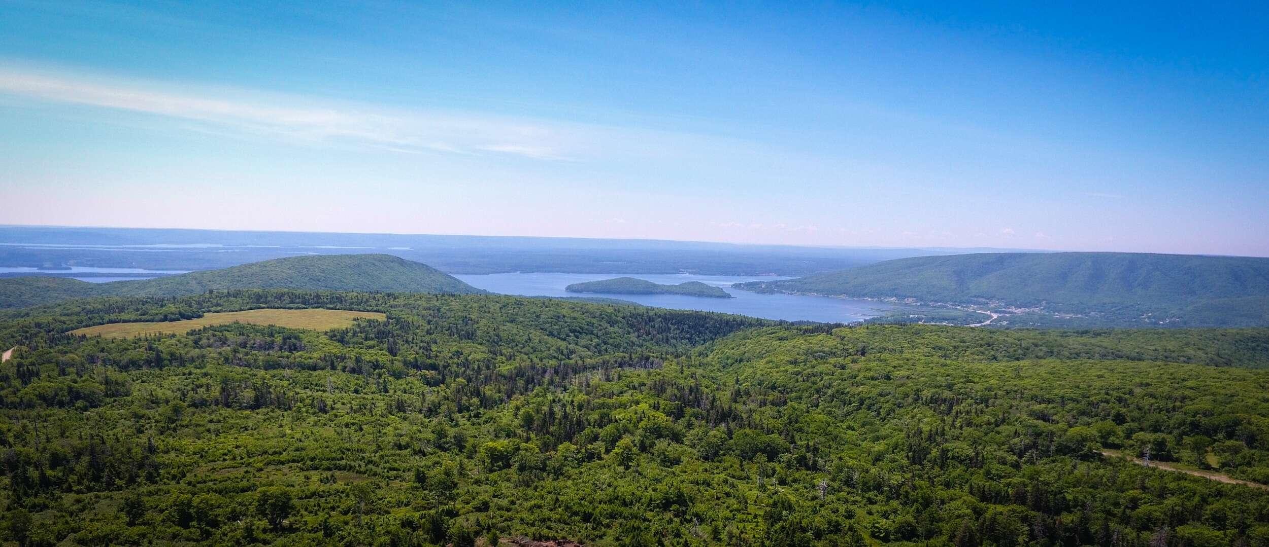 Off-Grid Mountain Wilderness Resort