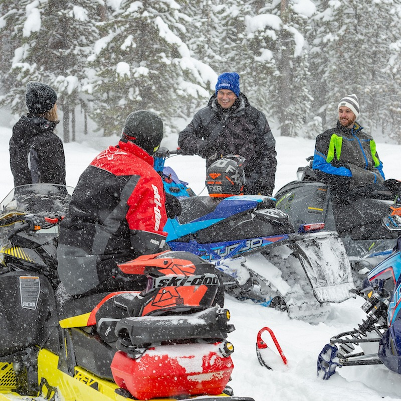 snowmobilingtourism
